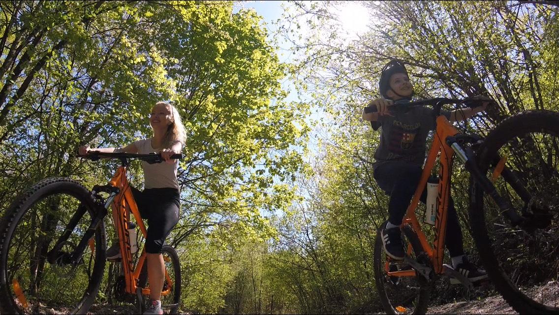 Barać caves bike tour - Bike and Bed